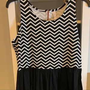 Target Xhiliration sleeveless dress size XL